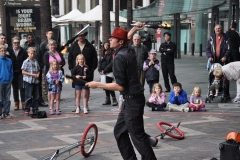 Street Entertainer 1